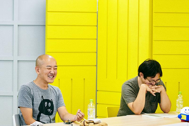笑っている島田さんと小国さん
