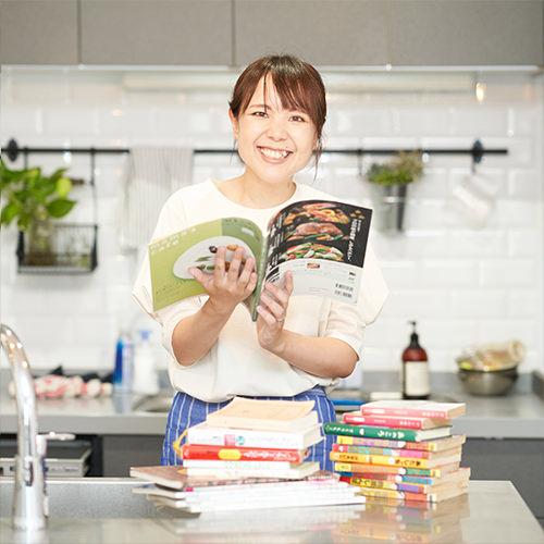 実はブックオフヘビーユーザーだった料理コラムニスト・山本ゆりさんの「これでええやん」なライフスタイル
